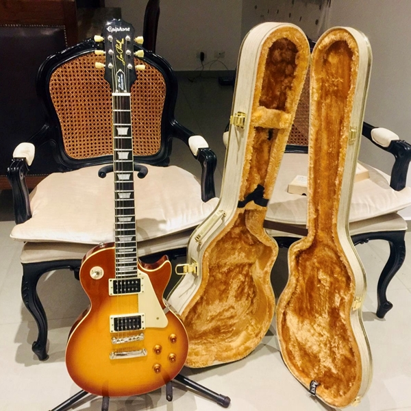 Guitarra Les Paul EpiPhone Standard Pro Honeyburst Case +UP Grades/Dimarzio